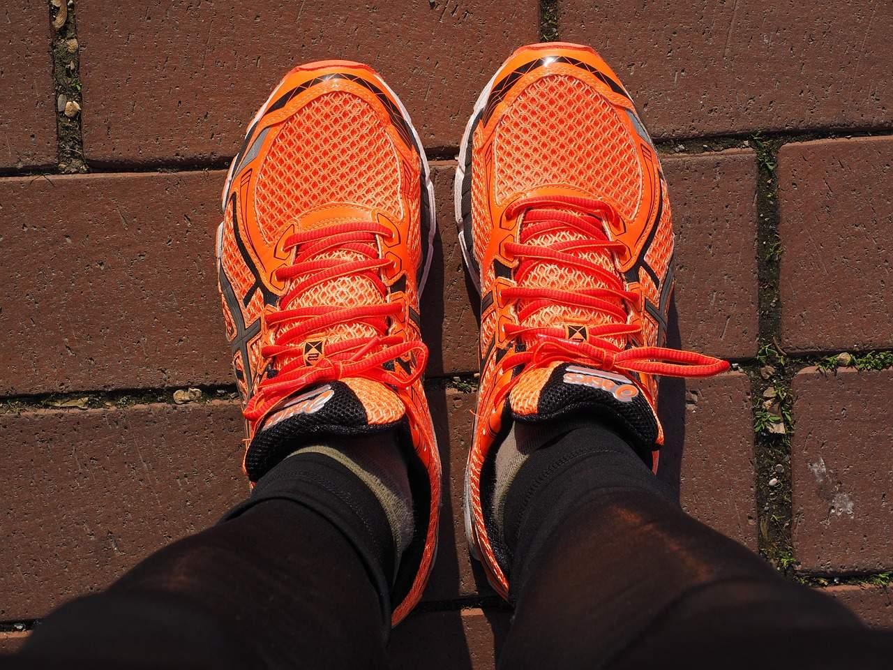 26c97170ec5c3 Po czym stwierdzisz, że masz złe buty do biegania? - SportPortal